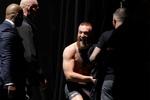 Nhìn lại quá trình 'biến hình' cân nặng của Conor McGregor 4 năm qua