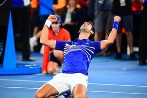 Top 5 cú đánh hay nhất Australian Open 2019 ngày 14