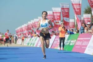 Nguyễn Thị Oanh lần thứ 4 vô địch Tiền Phong Marathon 2020